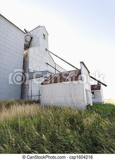 Edificio agrícola. - csp1604216