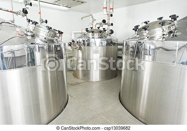 Sistema farmacéutico de tratamiento de agua - csp13039682