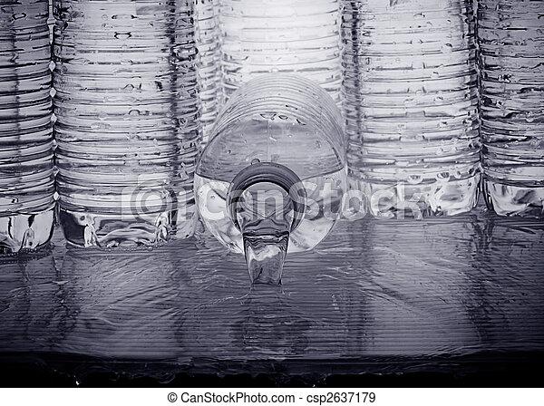 Agua hervida - csp2637179