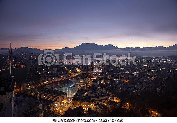 Al amanecer, Suiza - csp37187258