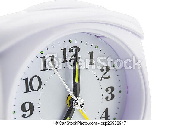 Reloj de alarma sobre fondo blanco - csp26932947