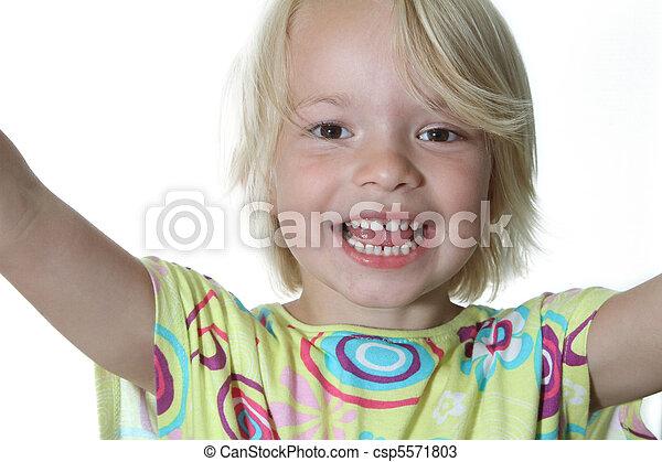 Alegría infantil - csp5571803