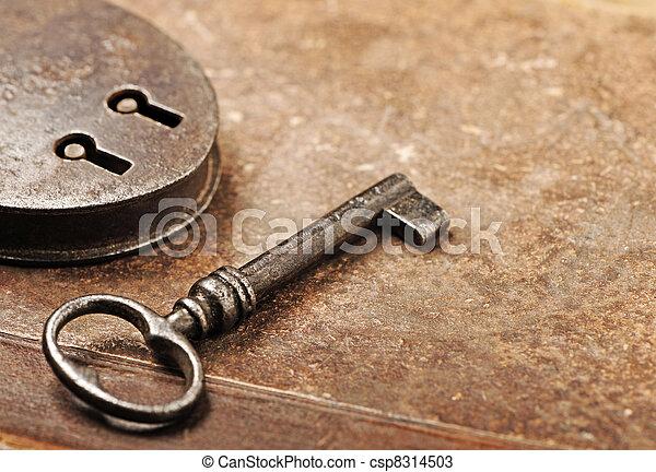 Reloj antigótico con llave - csp8314503