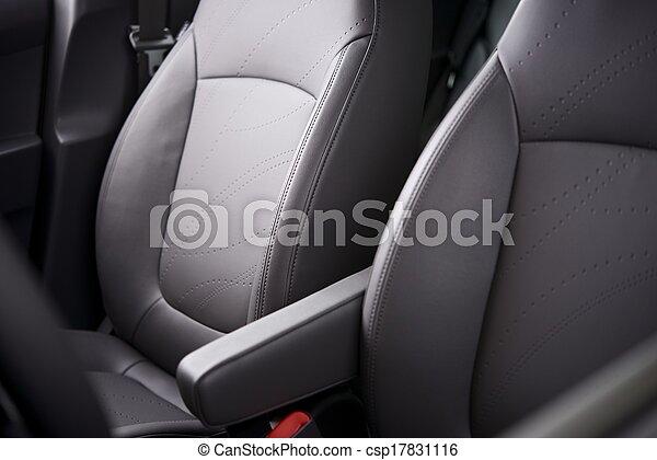 Asientos cómodos de coche - csp17831116