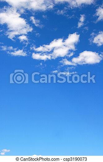 El cielo azul nublado - csp3190073