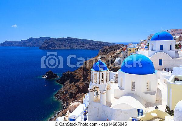 Iglesias de la cúpula azul oia Santorini - csp14685045