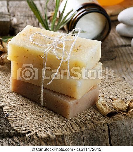 El cierre de jabón hecho a mano. Productos Spa - csp11472045