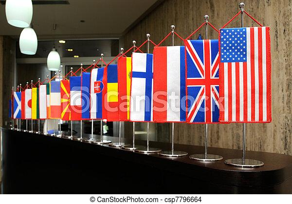 Banderas internacionales - csp7796664