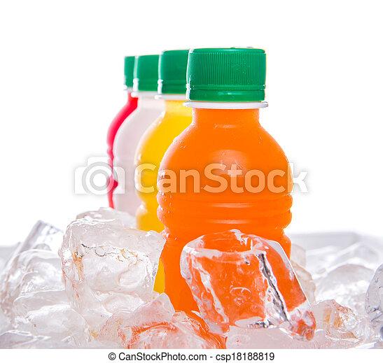 Bebidas de jugo de fruta embotellada - csp18188819