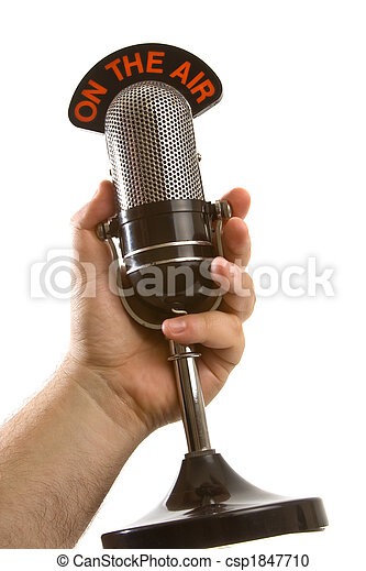 Micrófono en mano sobre blanco - csp1847710