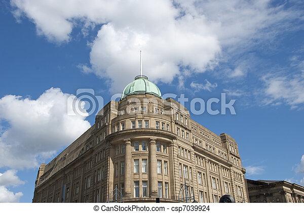 Bloque de oficinas victorianas - csp7039924