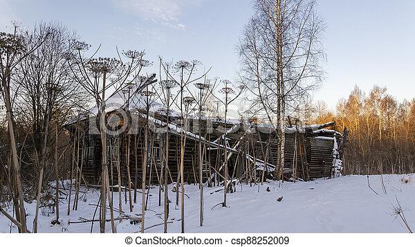 casa, abandonado, aldea - csp88252009