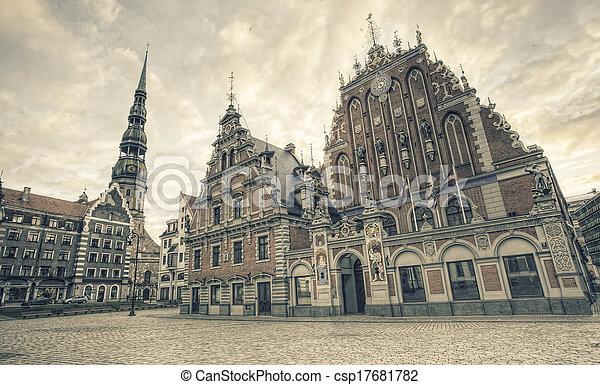 Iglesia y casa de los negros. Riga, Letonia - csp17681782