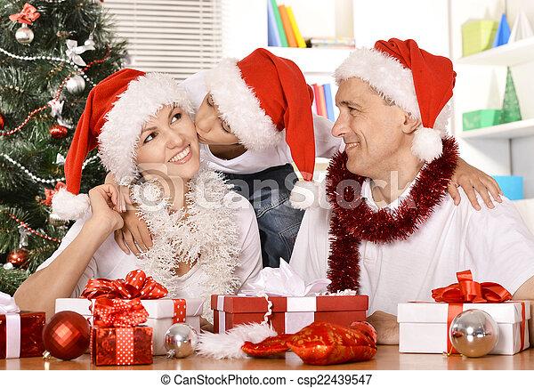 Feliz celebración familiar - csp22439547