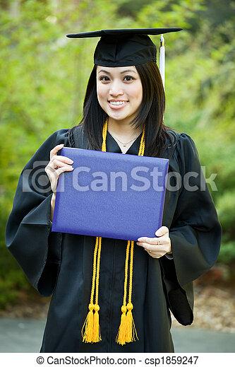 Chica de graduación - csp1859247