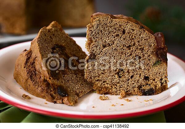 Pastel de Navidad chileno pan de pascua - csp41138492