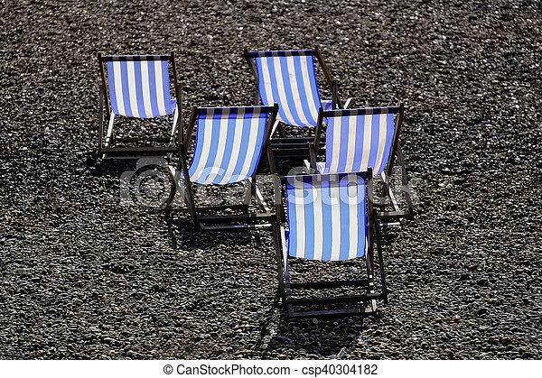Cinco sillas de cubierta - csp40304182