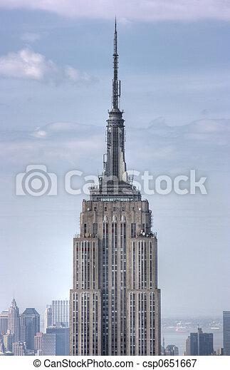 Cerca de Empire State Building, Nueva York - csp0651667
