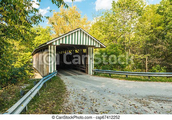 Colville cubrió el puente 3 - csp67412252