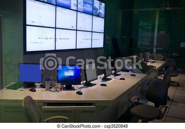Centro de mando - csp3520848
