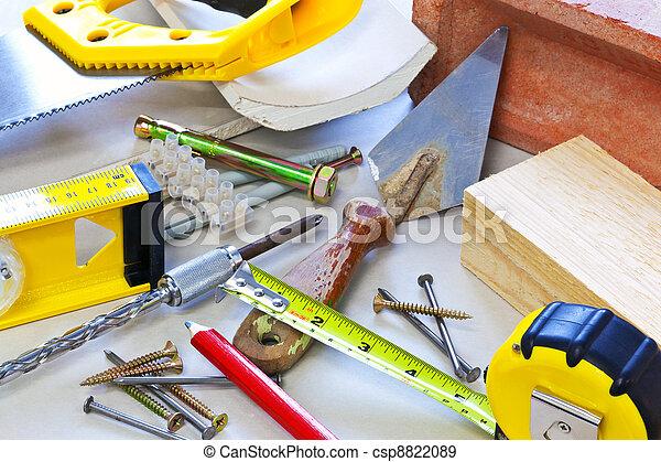 Construyendo herramientas y materiales - csp8822089