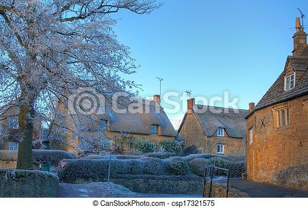 El pueblo Cotswold en invierno - csp17321575