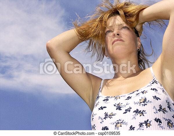 Día caluroso tenso - csp0109535