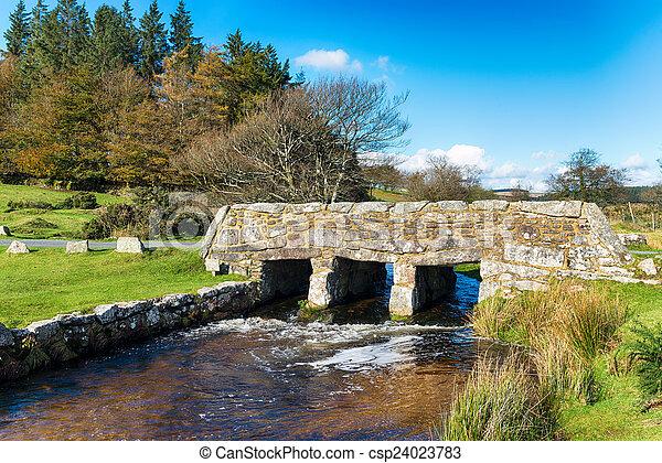 Puente Dartmoor - csp24023783
