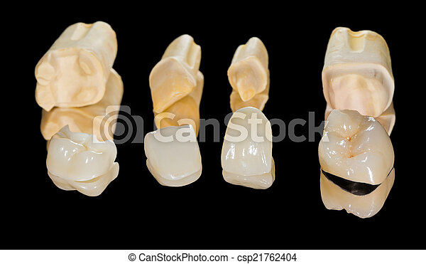 Coronas de cerámica dental - csp21762404