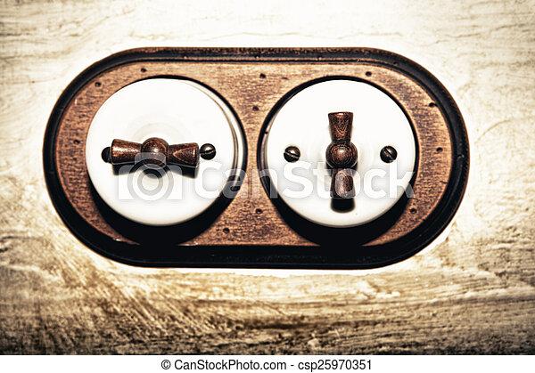 Estilo antiguo interruptor de doble luz - csp25970351