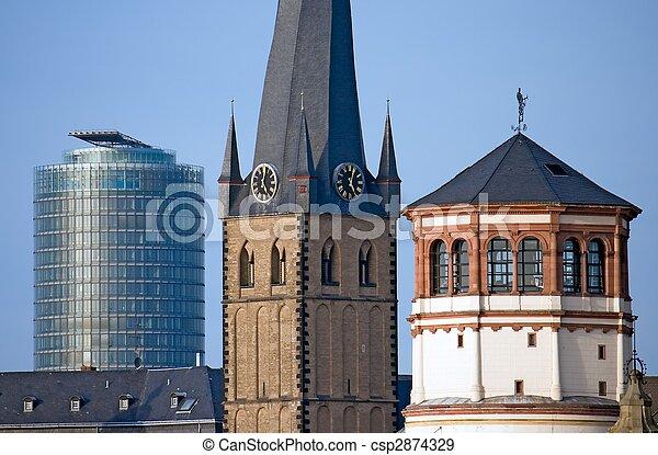 Los puntos de referencia de Dusseldorf - csp2874329