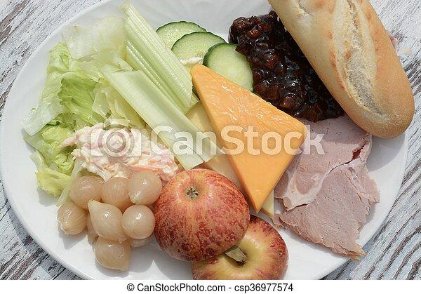 El almuerzo de Ploughman - csp36977574