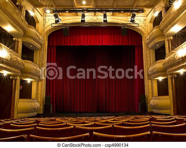 El escenario del teatro y la cortina roja - csp4990134