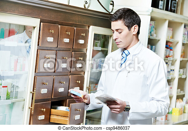 El farmacéutico de farmacia - csp9486037