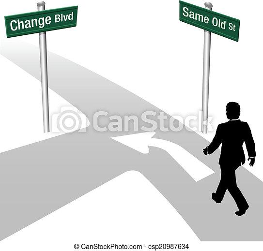 El hombre de negocios decide lo mismo o cambia - csp20987634