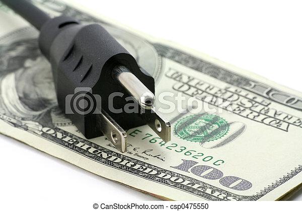 Concepto de una factura de energía cara - csp0475550