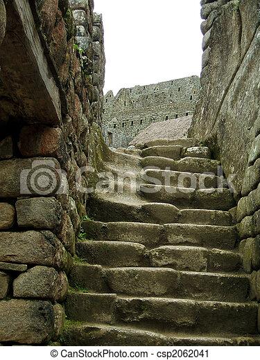 escaleras viejas - csp2062041