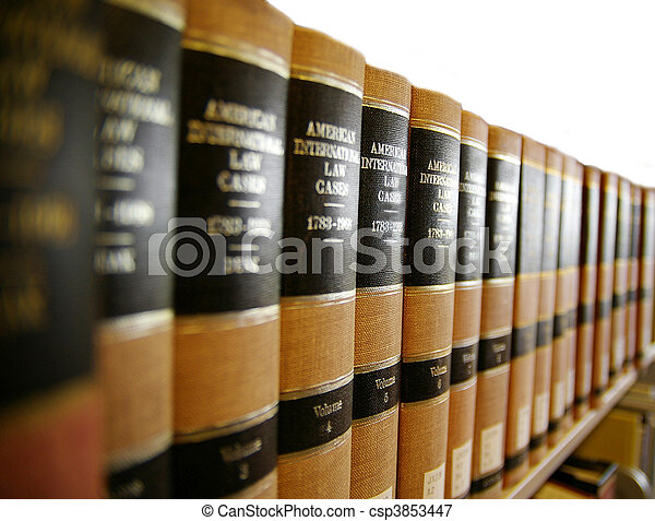 Libros legales en un estante de libros - csp3853447