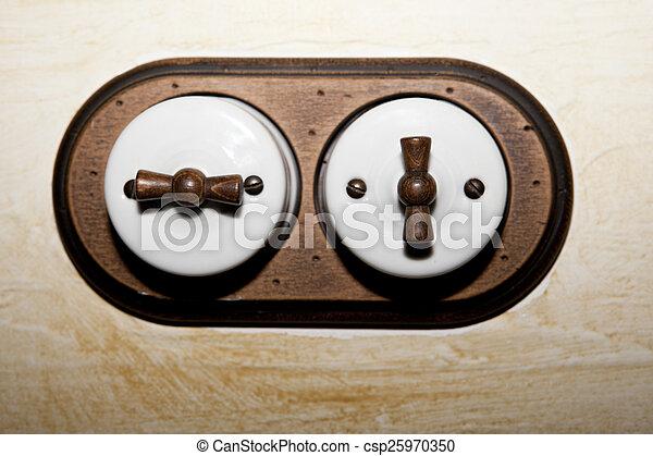 Estilo antiguo interruptor de doble luz - csp25970350