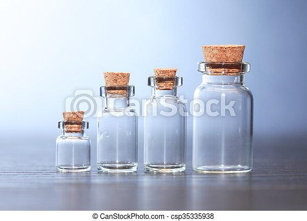 Marcas farmacéuticas fijadas - csp35335938
