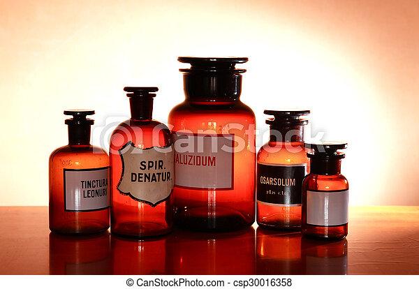 Viejas farmacéuticas - csp30016358