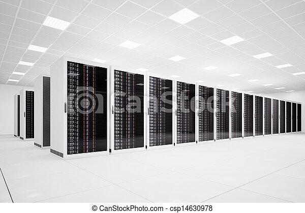 Centro de Datos con fila angulosa - csp14630978