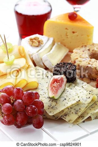 Una bandeja de queso - csp9824901
