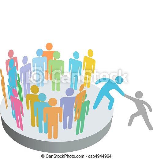 Ayuda a la persona a unirse al grupo de la compañía - csp4944964