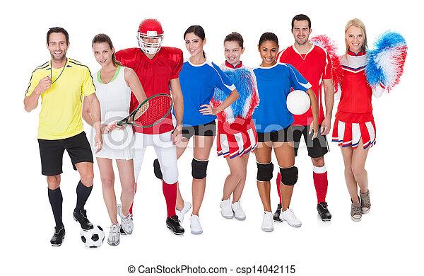 Un gran grupo de deportistas - csp14042115