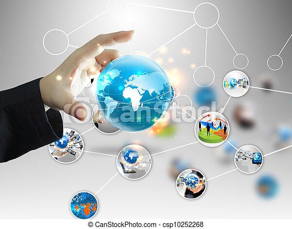 Hombre de negocios con mundo de negocios - csp10252268