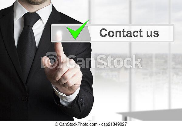 El hombre de negocios nos llama - csp21349027