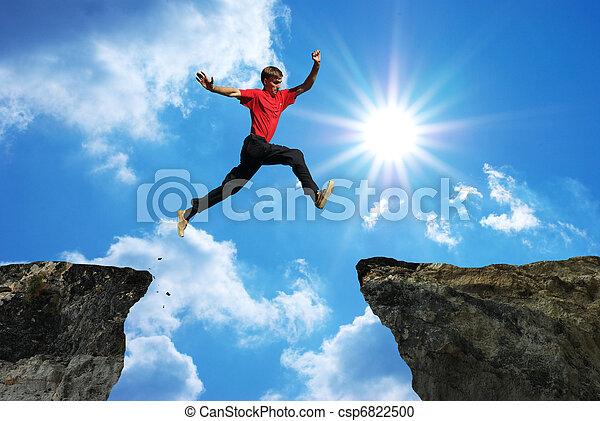 El hombre salta - csp6822500