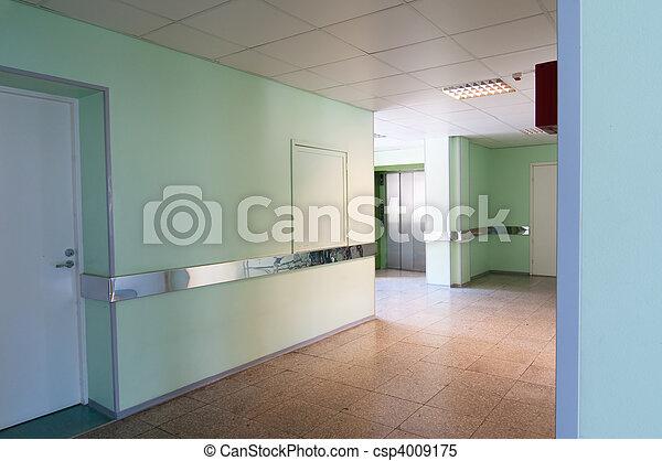Hall en el hospital - csp4009175