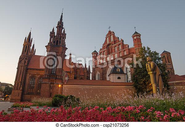Las iglesias de San Ana y Bernad - csp21073256